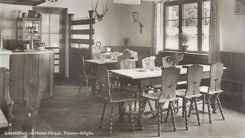 The pub of the Hirsch Hotel in the 1930s and 1940s