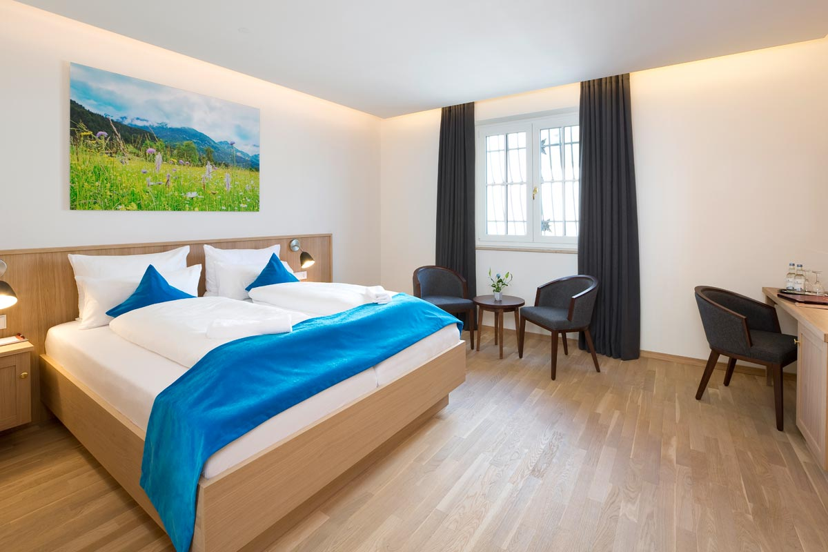 Superior double room in the new building of Hotel Hirsch