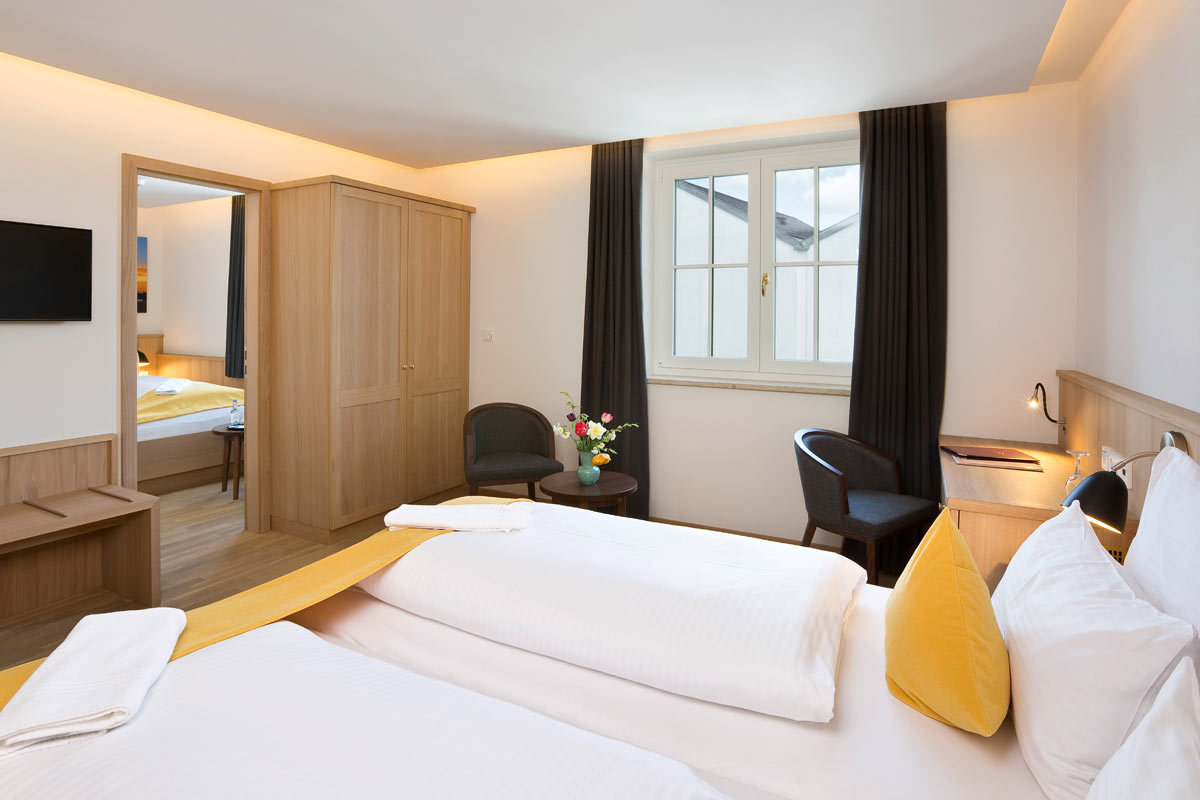 Hotel Füssen triple room with double bed and single bed