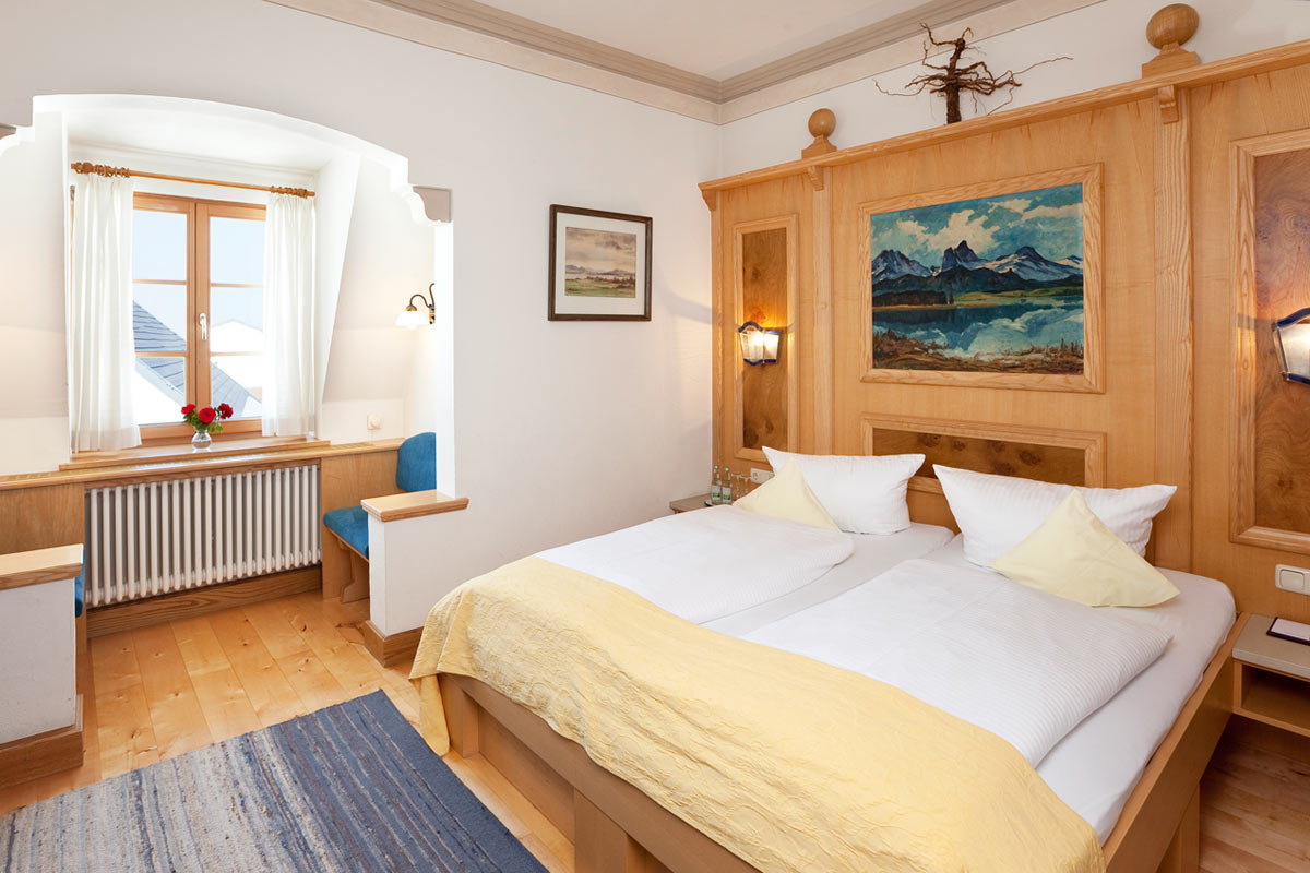 New triple room in the Hotel Füssen near the royal castles